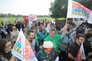 01/10/13 Teachers' strike