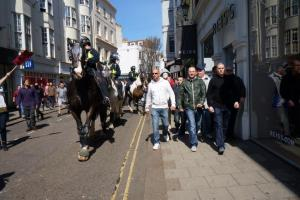 Fasc with police horseguard_21.04.13