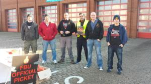Picket outside Eastbourne Fire Station, 4 November 2014