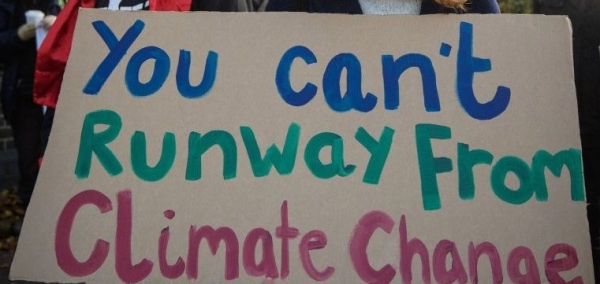 cant-runway-from-climate-change-crop